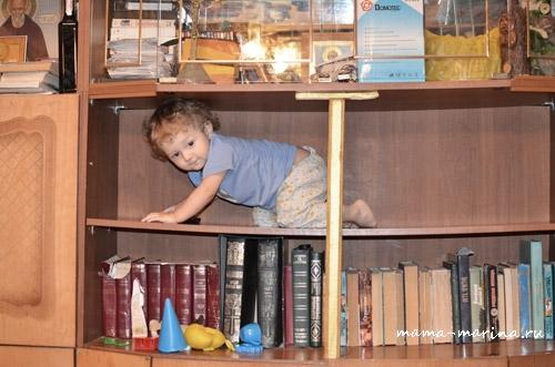 Тёма-на-полочке-шкафа