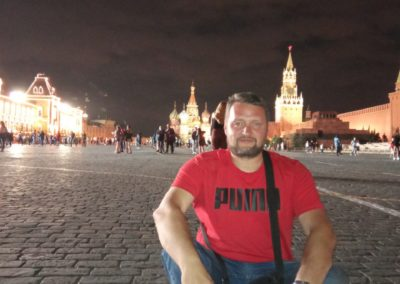 На священном для каждого русского человека месте